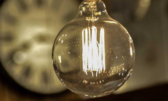 白熱灯,蛍光灯,新設,増設,修理,交換,高所,スポット,店頭,LED,変換,交換